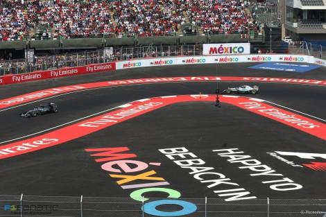 Rosberg liderou o GP do México sempre na frente de Hamilton