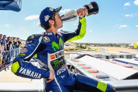 Rossi matou a sede de vitórias em casa dos seus rivais maiores