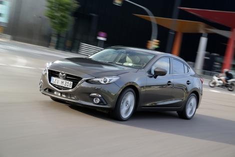 O novo Mazda3 Coupé Style (CS)