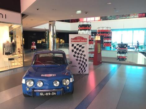 O Renault com que Carpinteiro Albino venceu o Rali de Portugal em exposição