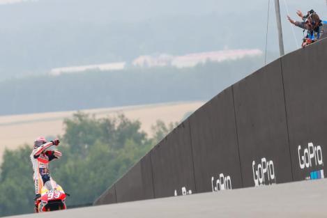 Márquez venceu pela sétima vez em Sachsenring