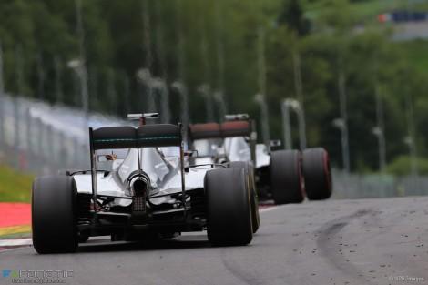 Rosberg foi quem mais voltas liderou mas perdeu a prova na última volta