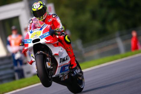 Andrea Iannone estreou-se a vencer no MotoGP