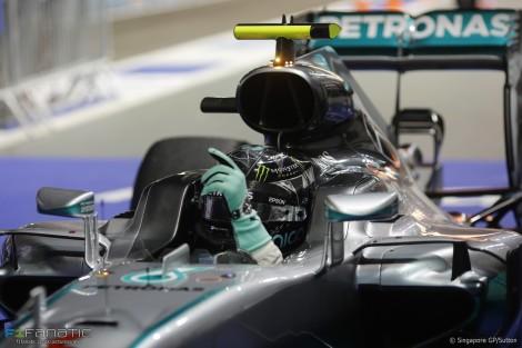 Com a vitória em Singapura Rosberg passou para a frente do Mundial