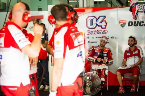 Andrea Dovizioso dominou na Malásia e foi o nono vencedor este ano no MotoGP