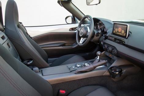 mx-5-interior-4